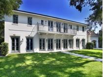 Casa para uma família for sales at The Moorings 3835 N Moorings CT   Coconut Grove, Florida 33133 Estados Unidos