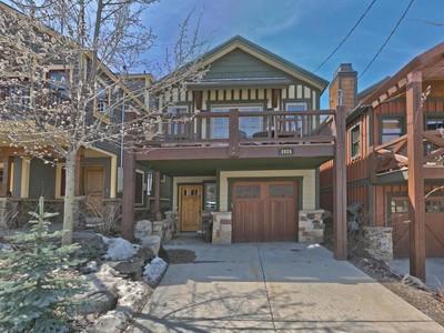 Maison unifamiliale for sales at Fabulous Old Town Custom Home 1015 Norfolk Dr Park City, Utah 84060 États-Unis