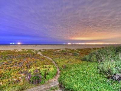 for sales at 16475 S Pacific   Sunset Beach, Kaliforniya 90742 Amerika Birleşik Devletleri