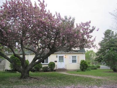Villa for sales at Opportunity Knocks! 505 Borrie Avenue Brielle, New Jersey 08730 Stati Uniti