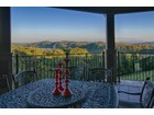 Maison unifamiliale for  sales at Gorgeous Mountain and Water Views 1928 Rudder Lane Knoxville, Tennessee 37919 États-Unis