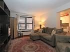 共管式独立产权公寓 for sales at Prewar 2 Bedroom Condo 445 West 240 Street, 2D  Riverdale, 纽约州 10463 美国