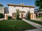 Einfamilienhaus for sales at 1213 Virginia Place  Fort Worth, Texas 76107 Vereinigte Staaten