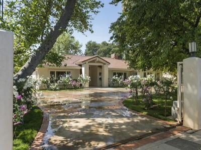Single Family Home for sales at 13818 Weddington St    Sherman Oaks, California 91401 United States
