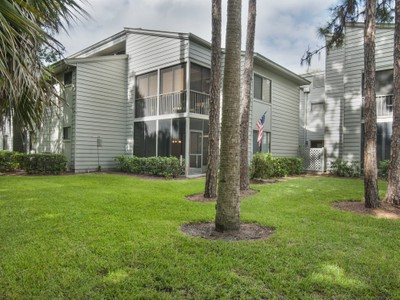 Condominium for sales at Lovely Condo in Pine Creek 2150 Pine Creek Blvd #102   Vero Beach, Florida 32966 United States