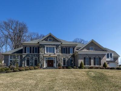 Moradia for sales at Great Falls: 851 Nicholas Run Drive  Great Falls, Virginia 22066 Estados Unidos