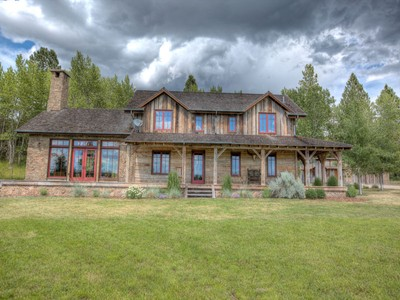 Moradia for sales at 3333 Rome Lane  Stevensville, Montana 59870 Estados Unidos