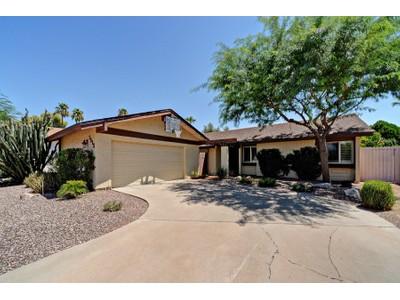 Einfamilienhaus for sales at Wonderful Open Floor Plan In A Great McCormick Ranch Location 7515 N Via De La Campana Scottsdale, Arizona 85258 Vereinigte Staaten