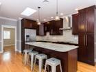 Кооперативная квартира for  sales at 595 E 3rd Street- Unit 2   South Boston, Boston, Массачусетс 02127 Соединенные Штаты