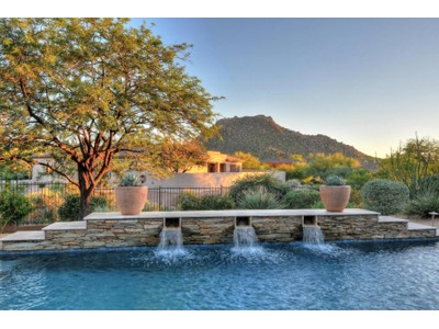 Casa para uma família for sales at Spectacular Remodeled Single Level Home Set In The Heart Of Troon 11451 E Pinon Drive  Scottsdale, Arizona 85262 Estados Unidos