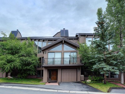 Piso for sales at Updated Pinnacle Condo 1675 Amber Rd #58 Park City, Utah 84060 Estados Unidos