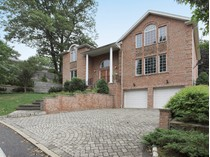 Vivienda unifamiliar for sales at Young Center Hall Colonial    Englewood Cliffs, Nueva Jersey 07632 Estados Unidos