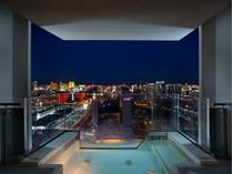 Condomínio for sales at 4381 W Flamingo Rd 55304 4381 W Flamingo Rd Unit # 55304   Las Vegas, Nevada 89103 Estados Unidos