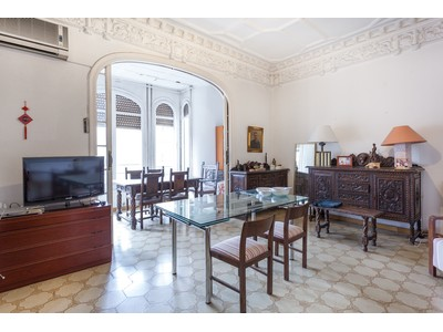 Appartement for sales at Classic modernist apartment in exclusive street in Barcelona Barcelona City, Barcelona Espagne