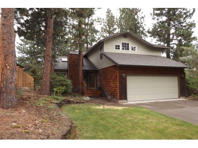 Moradia for sales at 1574 NW Kingston Ave  Bend, Oregon 97701 Estados Unidos
