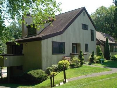 Condominio for sales at 387B Sequoia Lane  Stratford, Connecticut 06614 Estados Unidos