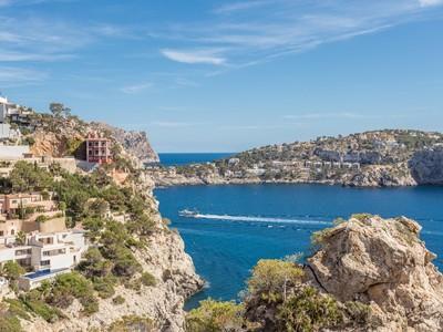 Casa para uma família for sales at Seafront villa in Port Andratx  Port Andratx, Palma De Maiorca 07013 Espanha