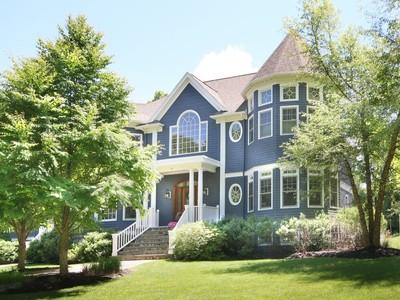 Casa para uma família for sales at Victorian Reimagined 75 Page Road Lincoln, Massachusetts 01773 Estados Unidos
