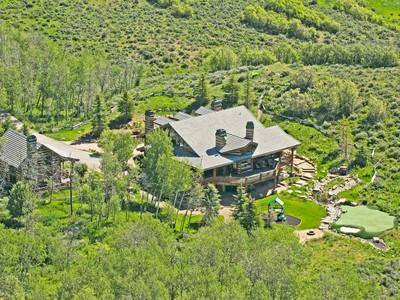 Maison unifamiliale for sales at Magnificent Equestrian Estate with Spectacular Ski Resort Views 497 Goshawk Ridge Rd Park City, Utah 84098 États-Unis