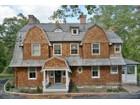 Maison unifamiliale for  sales at The Bruce Price Cottage 18 Pepperidge Rd  Tuxedo Park, New York 10987 États-Unis