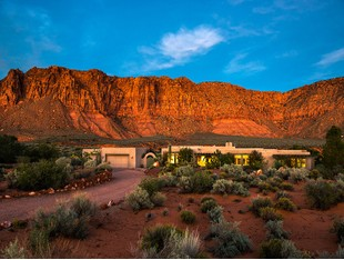 Villa for sales at Nature's Heaven 836 Evening Star Dr Ivins, Utah 84738 Stati Uniti