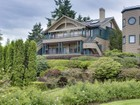 Villetta a schiera for  sales at Desirable Harbourside 530 Wood Ave SW #B   Bainbridge Island, Washington 98110 Stati Uniti