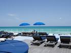 Copropriété for  sales at Roney 2301 Collins Ave #333   Miami Beach, Florida 33139 États-Unis