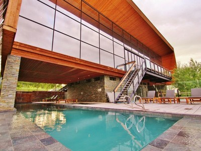 Maison unifamiliale for sales at Modern Lake Windermere Retreat 2608 Westside Road Invermere, Colombie-Britannique V0A1K0 Canada