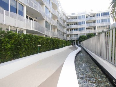 Кооперативная квартира for sales at 435 W 21 Street #205 435 W 21 Street Unit 205 Miami Beach, Флорида 33139 Соединенные Штаты