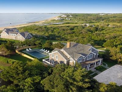 단독 가정 주택 for sales at Extraordinary Harbor Views! 7 Village Way  Nantucket, 매사추세츠 02554 미국