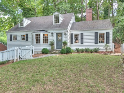 独户住宅 for sales at Wonderful Home In Fabulous Buckhead Location 195 Alberta Drive Atlanta, 乔治亚州 30305 美国