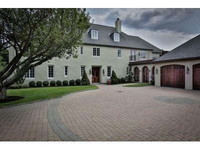 Maison unifamiliale for sales at Oceanfront Dream 43 Littles Point Road Swampscott, Massachusetts 01907 États-Unis