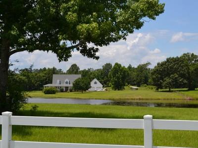 Vivienda unifamiliar for sales at Carriere, Mississippi 212 Wind-N-Oaks Road  Carriere, Mississippi 39426 Estados Unidos