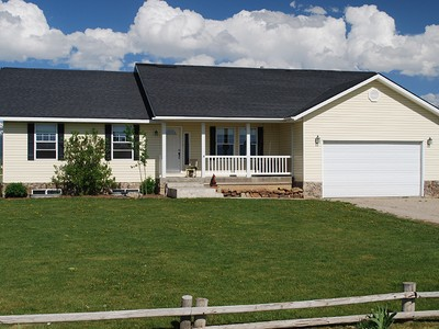 獨棟家庭住宅 for sales at Home and Horse Property with Great Views 280 Rigby Road Driggs, 愛達荷州 83422 美國