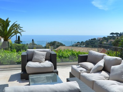 Einfamilienhaus for sales at Super Cannes - Luxury Contemporary villa for sale - panoramic sea view  Cannes, Provence-Alpes-Cote D'Azur 06400 Frankreich