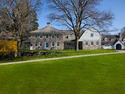 Maison unifamiliale for sales at Reverie Farm 102 Melius Road Warren, Connecticut 06754 États-Unis