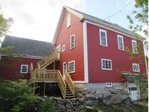 Vivienda unifamiliar for sales at 9 Room Farmhouse 468 Elkins Road   New London, Nueva Hampshire 03257 Estados Unidos