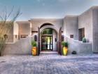 Villa for  rentals at Stunning Southwest Design 3000 E Ironwood Rd Carefree, Arizona 85377 Stati Uniti