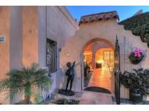 타운하우스 for sales at Lovely Courtyard Townhome On A Fabulous Golf Course Lot 8705 E Paraiso Drive   Scottsdale, 아리조나 85255 미국