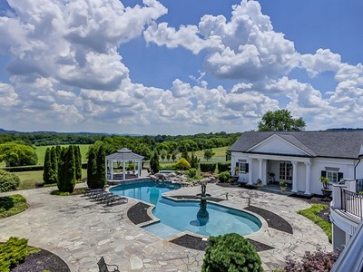 Land for sales at 1350 King Lane  Franklin, Tennessee 37064 Vereinigte Staaten