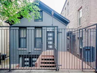 Villa for sales at Stunning Single Family Home 1508 N Greenview Avenue Chicago, Illinois 60642 Stati Uniti