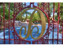 獨棟家庭住宅 for sales at 1200 Rancho Cr    Las Vegas, 內華達州 89107 美國
