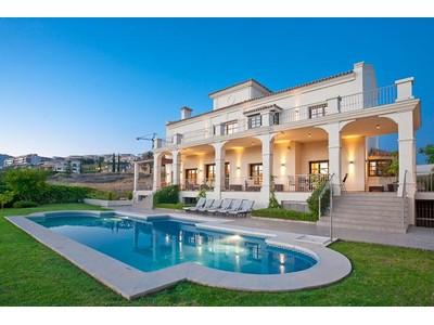 Maison unifamiliale for sales at Beautiful villa on front line golf position   Other Spain, Autres Régions D'Espagne 29680 Espagne