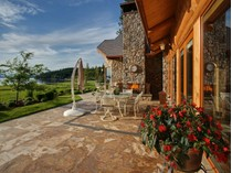 Maison unifamiliale for sales at Estate Home on Neechan Bay 7209 S EDDYVILLE RD   Harrison, Idaho 83833 États-Unis
