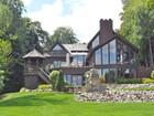 Villa for sales at Lake Angelus 2392 Lake Angelus Lane  Lake Angelus, Michigan 48326 Stati Uniti