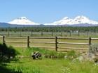 Maison unifamiliale for sales at Unobstructed Cascade Mountain Views 16845 Varco Road Bend, Oregon 97701 États-Unis