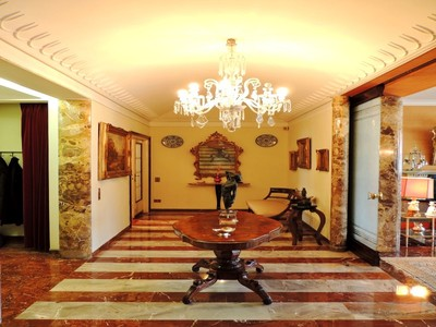 Apartment for sales at 30s-style apartment in downtown Milan Via Conservatorio Milano, Milan 20122 Italy