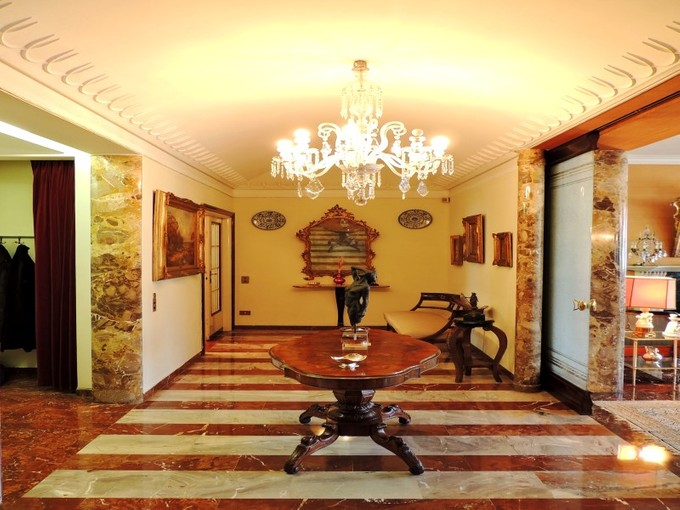 Wohnung for sales at 30s-style apartment in downtown Milan Via Conservatorio   Milano, Milan 20122 Italien