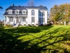 Casa Unifamiliar for sales at Dorval 2205 Ch. du Bord-du-Lac-Lakeshore Dorval, Quebec H9S2G4 Canadá