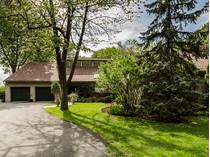 Casa Unifamiliar for sales at Saint-Lambert 18 Rue de Bretagne   Saint-Lambert, Quebec J4S1A1 Canadá